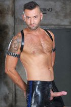 Michael Selvaggio at Hard Kinks