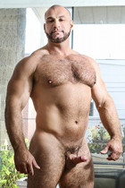 Marco Vallant at Str8 to Gay