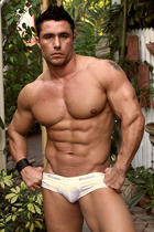 Luca Spattaro at Muscle Hunks