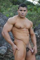 Paulo Maneros at Power Men