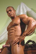 Felipe Gigante at Muscle Hunks