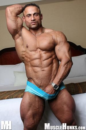 Gil dela Cruz Muscle Hunks