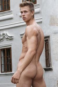 Nils Tatum Freshmen