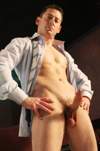 Ari Silvio Naked Sword