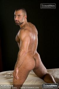 Alex Baresi Titan Men