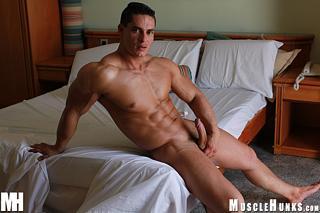 Logan Lewis Muscle Hunks