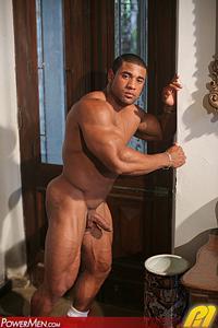 Roberto Bueno Power Men