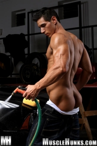 Kevin Ramos Muscle Hunks