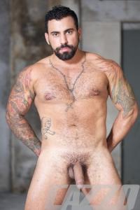 Ricky Ares Cazzo Club